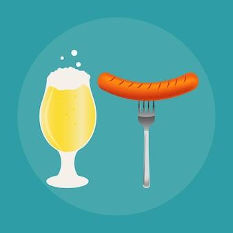 Set aus bierflasche, becher und snack im flachen stil. helles bier mit knusprigen kartoffelchips und würstchen. vektorillustration für banner, poster, restaurant- und pub-menü. Premium Vektoren