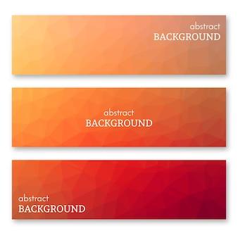 Set aus drei orangefarbenen bannern im low-poly-kunststil. hintergrund mit platz für ihren text. vektor-illustration