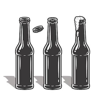 Set bierflaschen mit schaum und verschluss