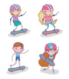 Set kinder spielen skateboards und helm