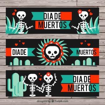 Set mexikanische fahnen mit skeletten