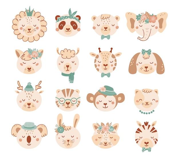 Set mit gesichtern süße tiere in pastellfarben für kinder. sammlung tierfiguren mit blumen im flachen stil. illustration mit katze, hund, löwe, panda, bär lokalisiert auf weißem hintergrund. vektor