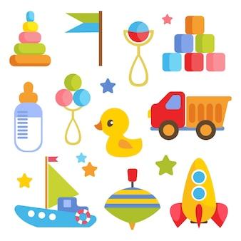 Set mit kinderattributen und gegenständen für die neugeborenen spielzeugfahrzeuge eine flasche milch und mehr