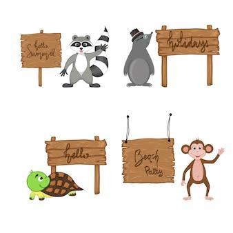 Set mit süßen tieren in der nähe von holzschildern mit den inschriften zum sommerthema im vektor. cartoon-abbildung.