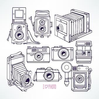Set mit verschiedenen vintage-kameras. handgezeichnete illustration
