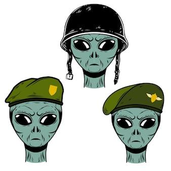 Set von außerirdischen soldaten im kampf mit helm und fallschirmjäger baskenmützen