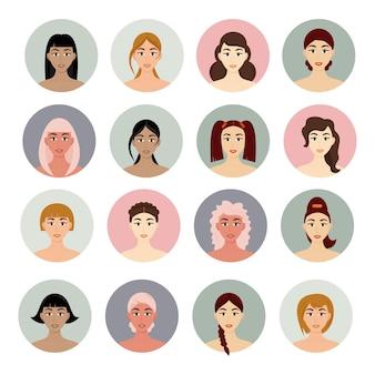 Set von avatar-frauenfrisuren. schöne junge mädchen mit verschiedenen frisuren auf einem weißen hintergrund.