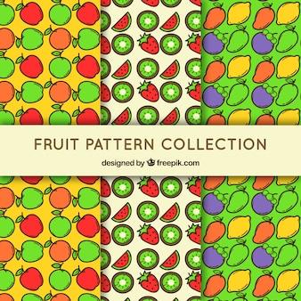 Set von drei mustern mit farbigen früchten in flachem design
