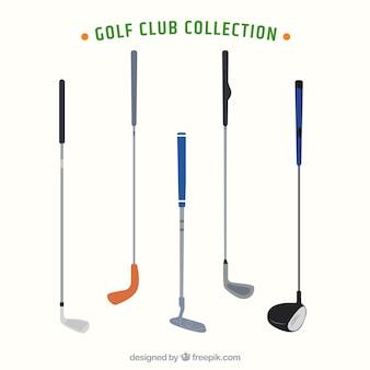 Set von fünf golfschlägern