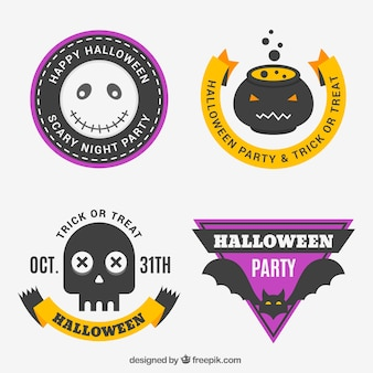 Set von halloween-abzeichen in flachem design