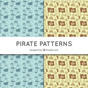 Set von hand gezeichneten piratenmuster
