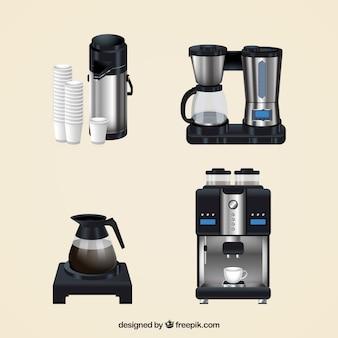 Set von kaffeemaschinen in realistischen stil