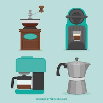 Set von kaffeemaschinen und andere kaffeezubehör