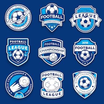 Set von neun fußballabzeichen. fußball-embleme