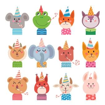 Set von niedlichen cartoon-tiere für baby-karte und einladung