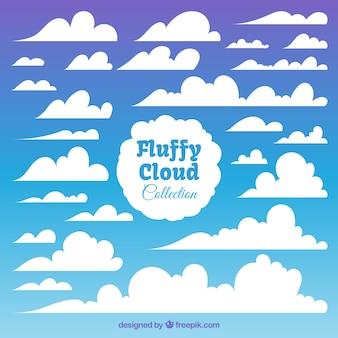 Set von weißen flauschigen wolken