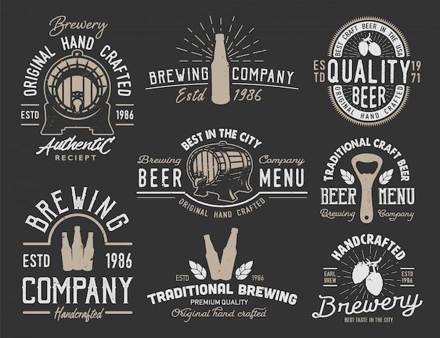 Setze embleme mit biergegenständen