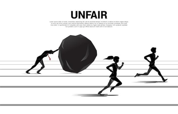 Silhouette eins von geschäftsmann und geschäftsfrau, die auf ungleichheitsherausforderung laufen. konzept von karrierehindernissen und ungleichheit