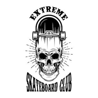 Skateboard-emblem mit totenkopf. gestaltungselement für logo, etikett, schild, poster, t-shirt.