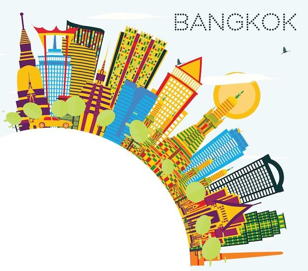 Skyline von bangkok thailand mit farbigen wahrzeichen, blauem himmel und textfreiraum. vektor-illustration. geschäftsreise- und tourismuskonzept. bangkok-stadtbild mit sehenswürdigkeiten.