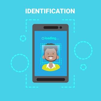 Smart phone loading gesichtserkennungssystem scannen afroamerikanischer männlicher benutzerzugriffskontrolle