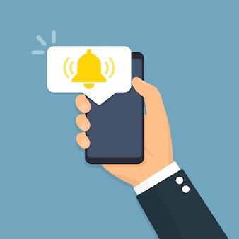 Smartphone mit benachrichtigungssymbol. flacher stil
