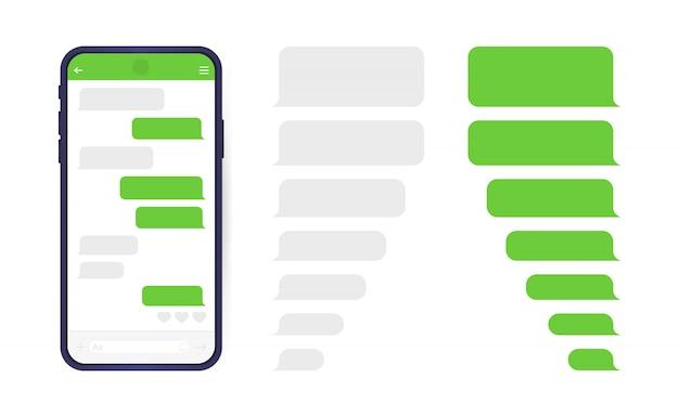 Smartphone mit messenger-chat-bildschirm. sms-vorlagenblasen zum erstellen von dialogen.