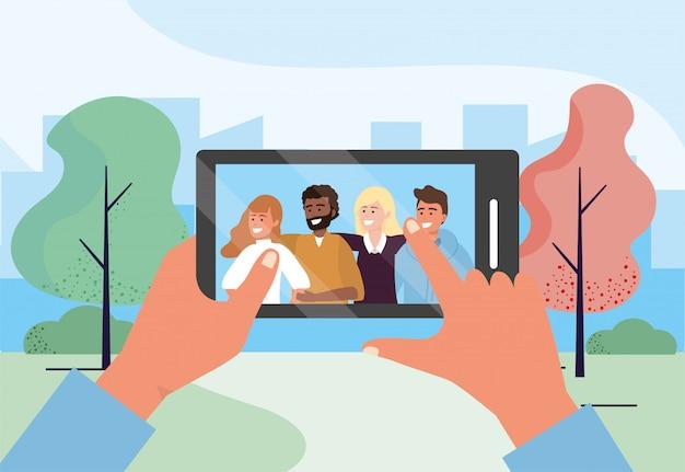 Smartphone selfie mit lustigen leutefreunden zusammen