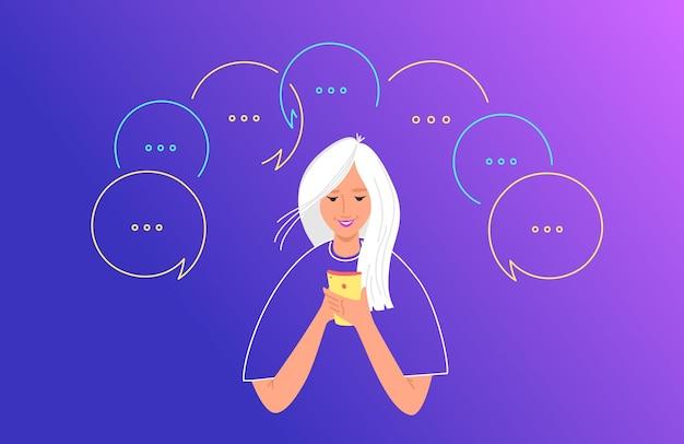Social-media-chat und kommunikationskonzept flache vektorgrafiken. teenager-mädchen, das mobiles smartphone zum schreiben von sms verwendet und kommentare in der social-network-app hinterlässt. junge frau mit sprechblasen herum