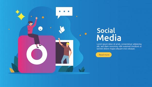 Social media-netz und influencer-konzept mit charakter der jungen leute in der flachen art