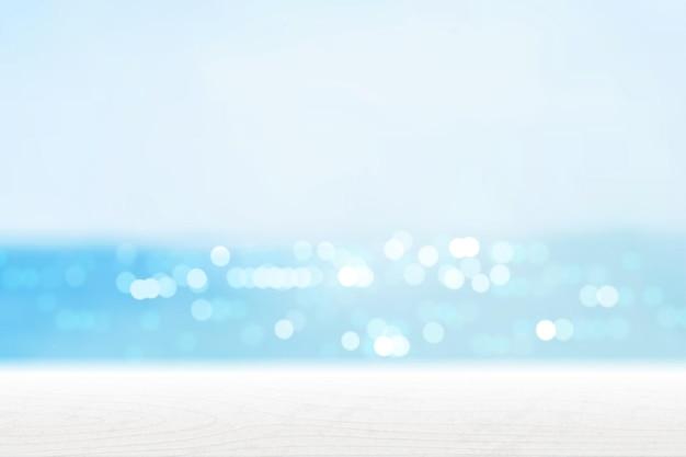 Sommer-bokeh-strand mit holztisch 3d-darstellung