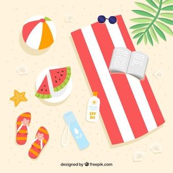 Sommer-elemente am strand in flaches design