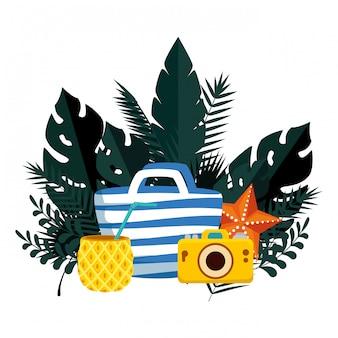 Sommer mit tropischen blättern und henkeltasche