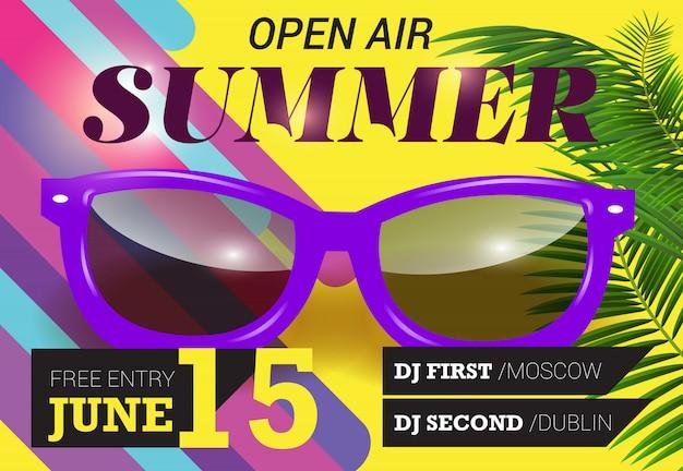 Sommer, open-air, 15. juni schriftzug mit lila sonnenbrille. sommer einladung