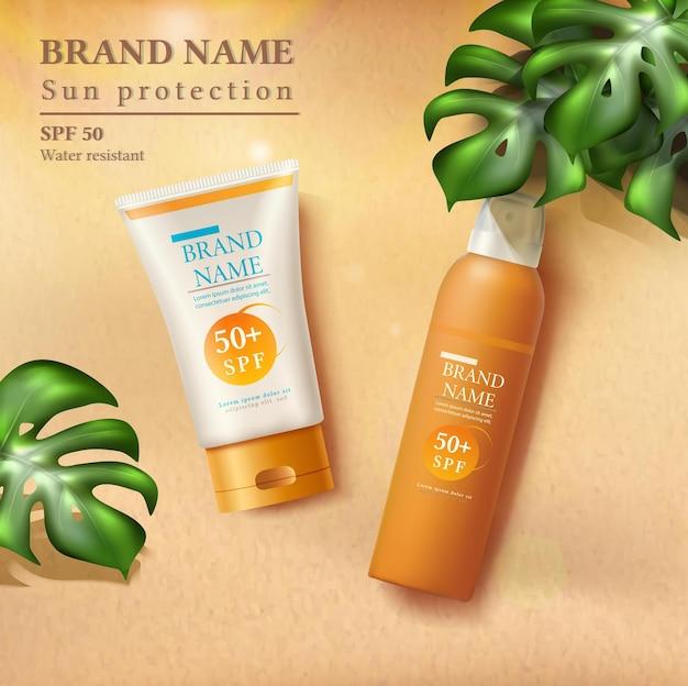 Sommer-sonnenschutz-illustration mit sonnencreme-flaschen auf dem sand mit sonnenstrahlen und tropischen blättern