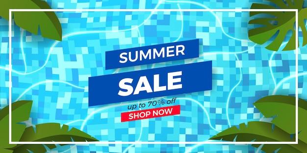 Sommerangebot-banner-werbung mit flachen tropischen blättern mit pool-draufsicht
