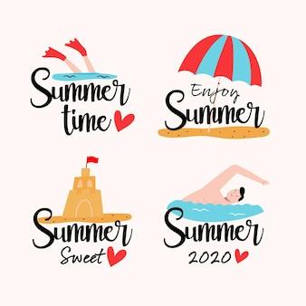 Sommeretiketten mit strand und wasser