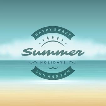Sommerferien-label- oder abzeichendesign für poster- oder grußkarten-vektorillustration. sonnensymbol und strandlandschaftshintergrund.