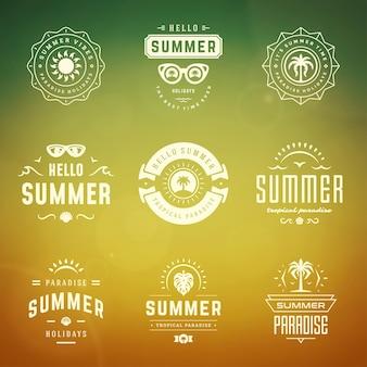 Sommerferien logos und abzeichen gesetzt