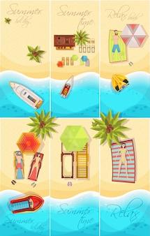 Sommerferien-satz der draufsicht des plakats mit küste, boote, palmen, strandelemente lokalisierte vektorillustration