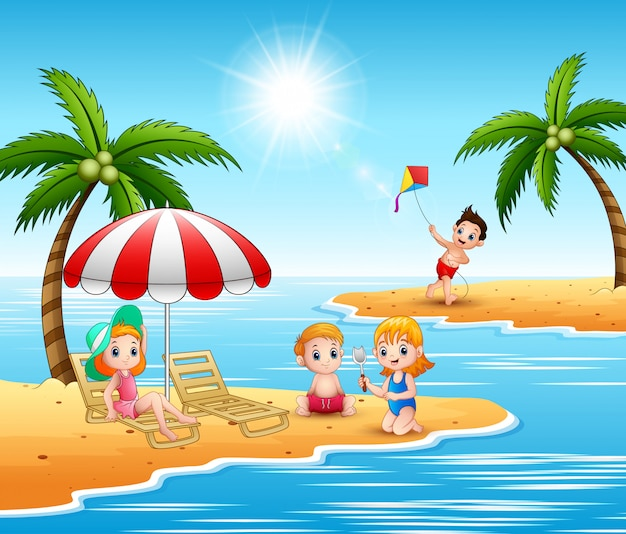Sommerferienkinder im strand