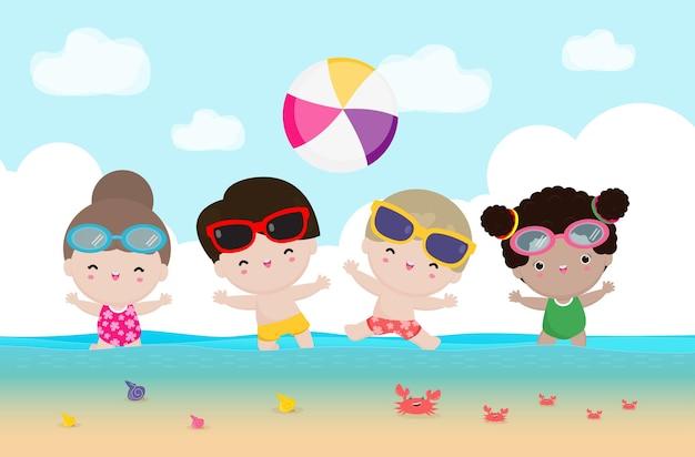 Sommergruppe kinder, die wasservolleyball auf der flachen karikatur des strandes spielen