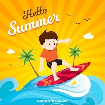 Sommerhintergrund mit dem jungensurfen