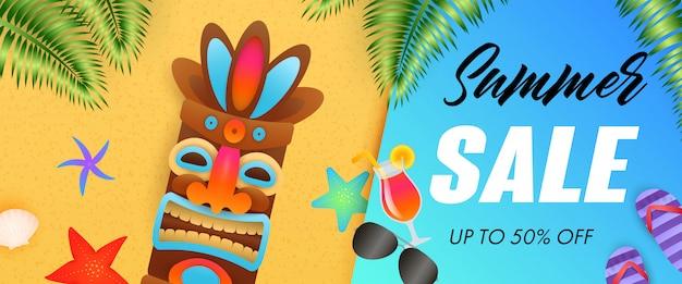 Sommerschlussverkaufbeschriftung mit stammes- maske und tropischen blättern