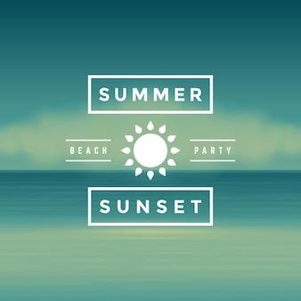 Sommersonnenuntergang-strandpartyaufkleber oder -abzeichendesign für plakat- oder grußkartenvektorillustration. sonnensymbol und strandlandschaftshintergrund.