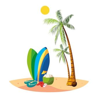 Sommerstrand mit palmen- und surfbrettszene