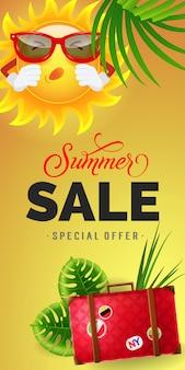 Sommerverkauf sonderangebot schriftzug. konsumismus inschrift mit tropischen blättern