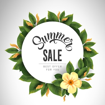 Sommerverkaufsbeschriftung im Kreis mit netter Blume und Blättern. Angebot oder Verkauf von Werbung