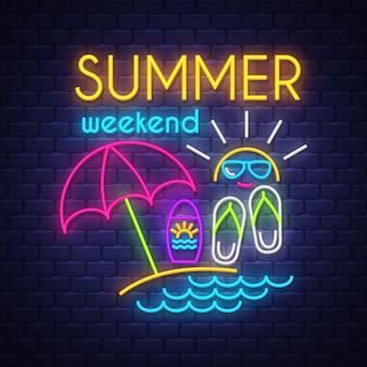 Sommerwochenende neon schriftzug