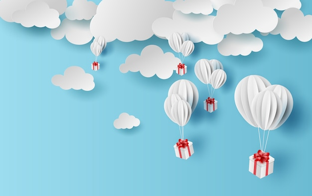 Sommerzeit steigt das geschenkboxschwimmen im ballon auf.